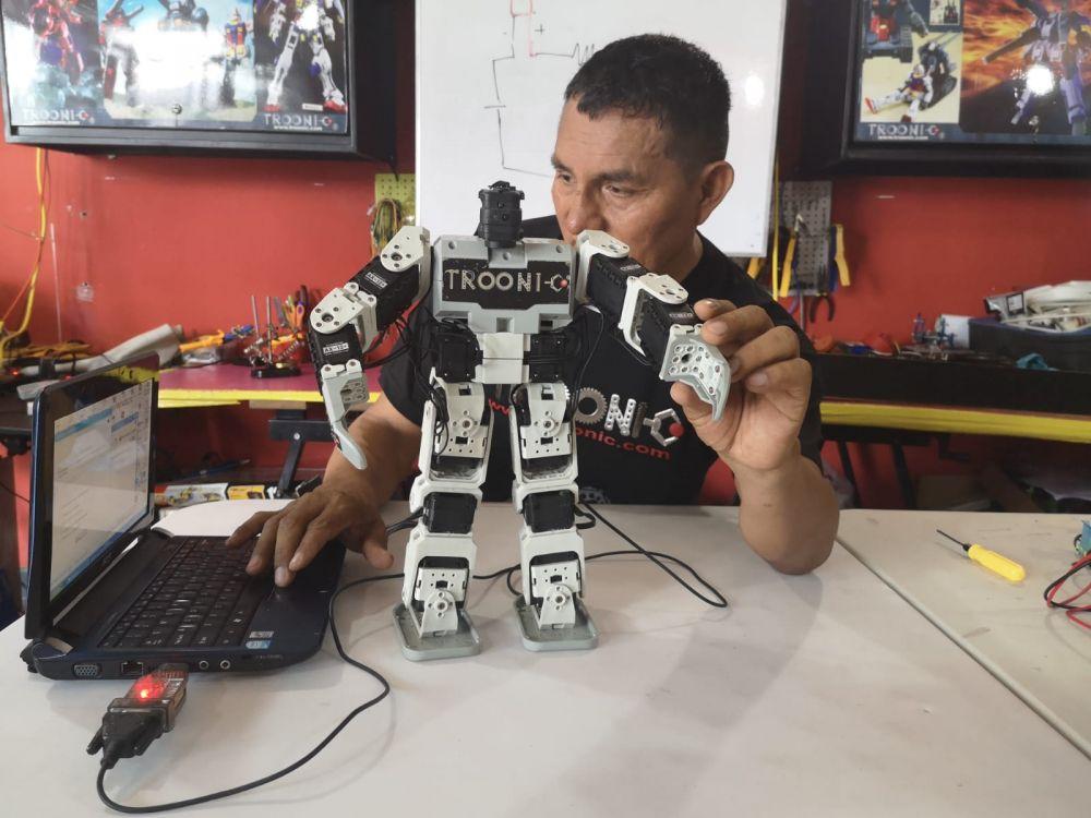 Los beneficios de talleres de robótica este verano